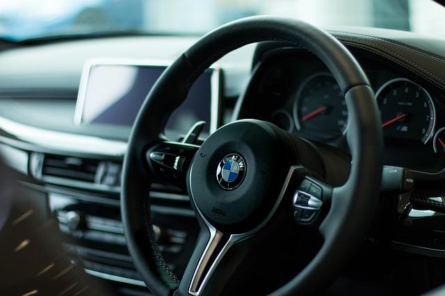 bmw volant.jpg