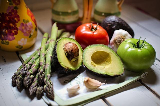 zelenina a avokádo.jpg
