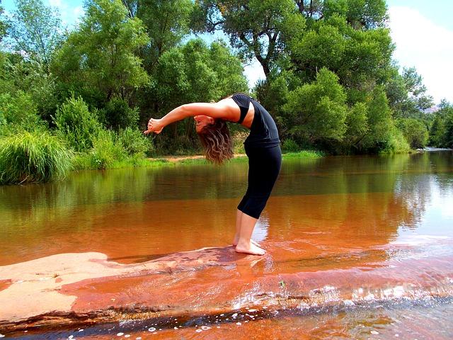 jóga u jezera