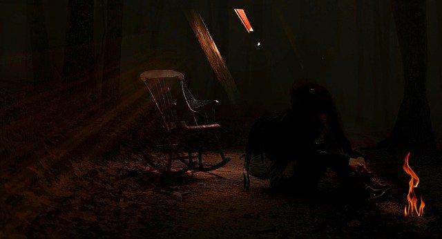 tmavé podkroví